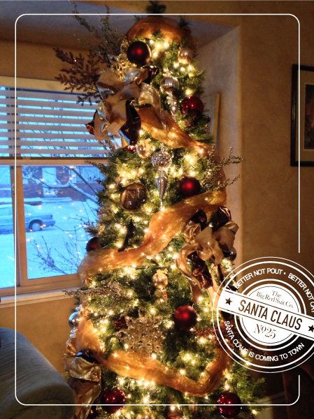 christmas-tree-with-santa-label