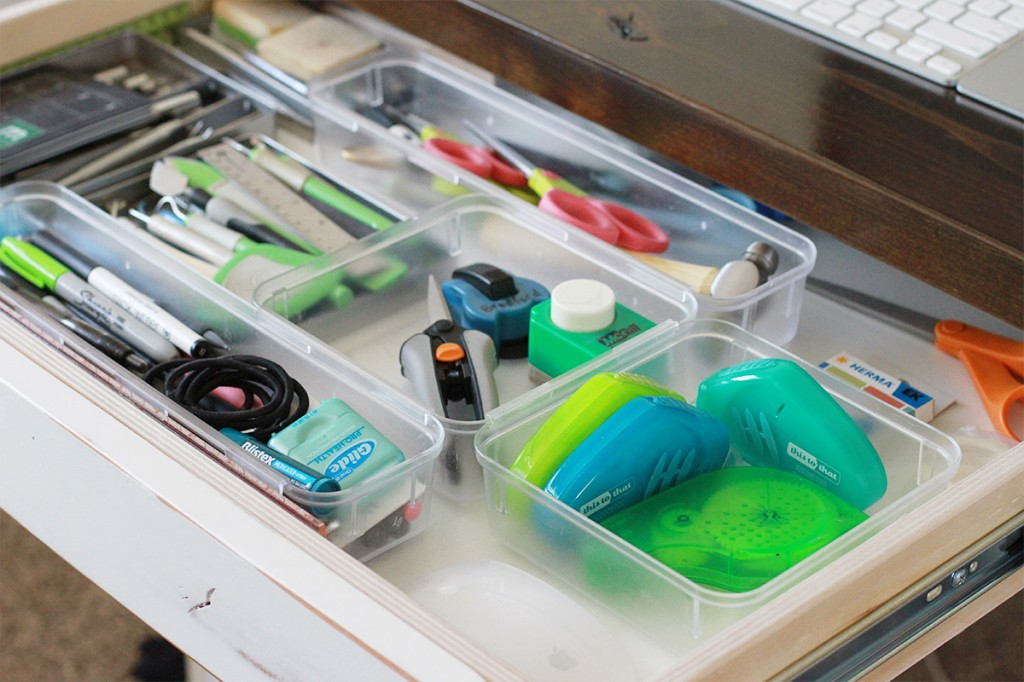 desk-inside-drawer