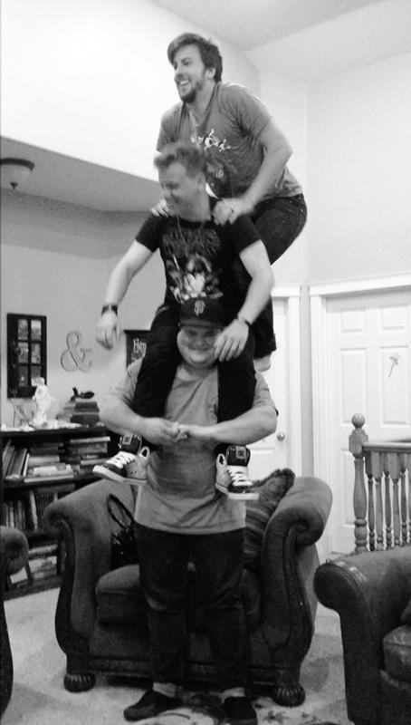 cousin-acrobats