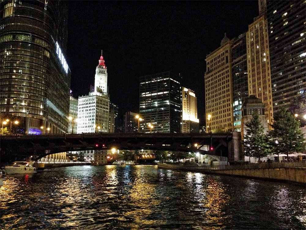 chicago-river-walk-night